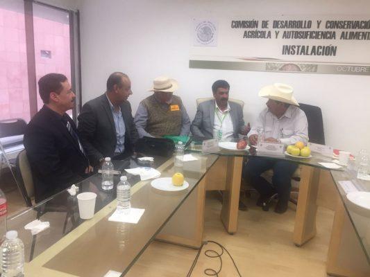 Gestiona Jesús Velázquez recursos para el campo de Chihuahua, ante diputados federales