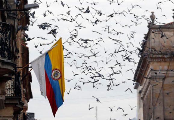 Colombia y FARC entablan diálogo constructivo para rescatar acuerdo de paz