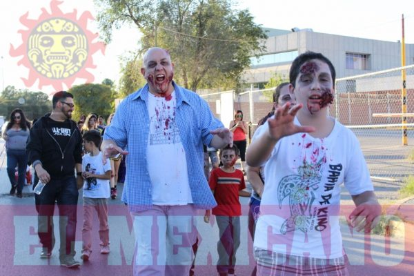 Desfilan Zombis en calles de Ciudad Juárez