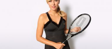 Sharapova vuelve despues de 15 meses de estar apartada del tenis