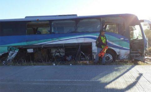 Accidente en Hermosillo deja un muerto y 9 lesionados