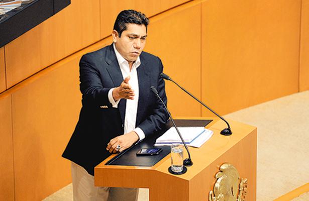 Sufre fuerte fractura el PAN en el Senado y el CEN; se desatan reclamos