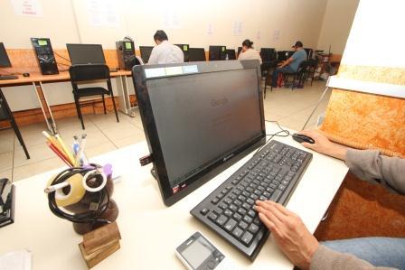 Advierten ventajas y desventajas del uso de Internet