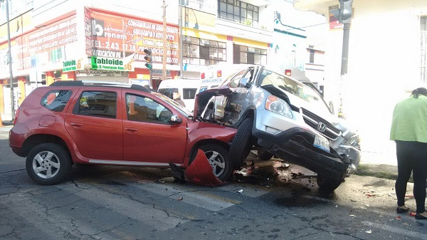 Aparatoso accidente en el barrio del Carmen
