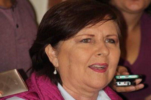 Llama candidata independiente Ana Teresa Aranda al voto