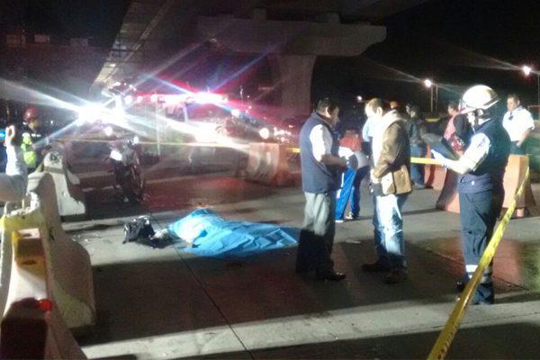 Muere atropellado por un tráiler que lo arrastra 75 metros