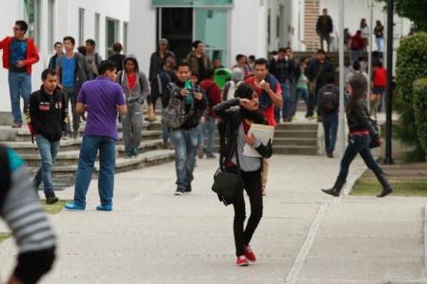 Consiguen 353 jóvenes más ingresar a la BUAP para este ciclo escolar