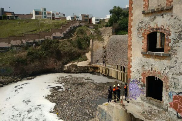 Hallan el cuerpo de una persona en la presa Las Carmelitas