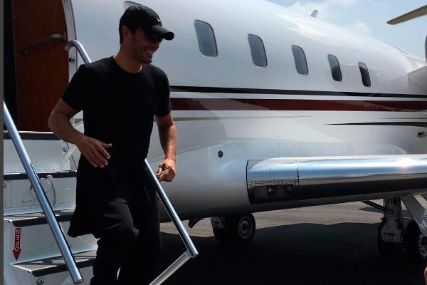 @CHAYANNEMUSIC ya llegó a Puebla; aterriza sano y salvo