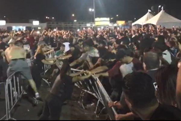 Se desata la furia en concierto de Molotov y el Tri en Baja California