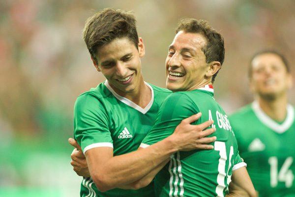 México vence a Paraguay 1-0 en amistoso, Guardado anota