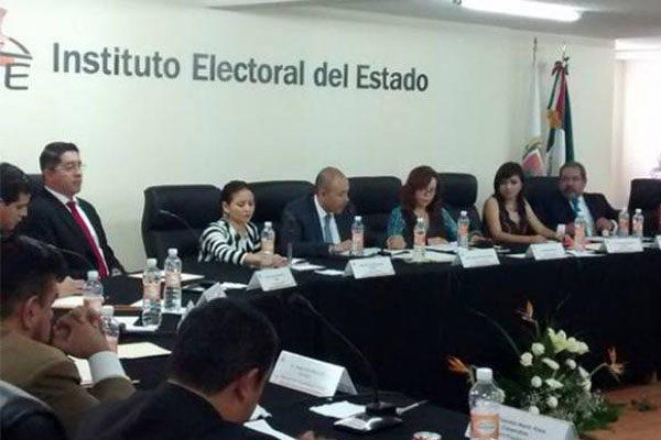 PRI solicita a INE destitución de consejeros electorales