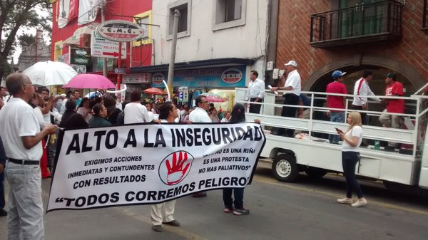 Marchan para exigir a edil de Texmelucan atender inseguridad