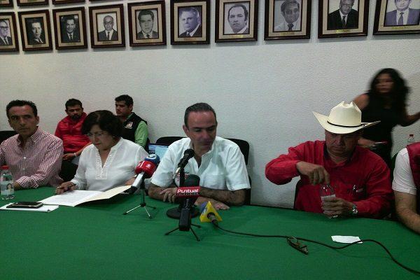 PRI denuncia atentado contra su coordinador en Tehuacán