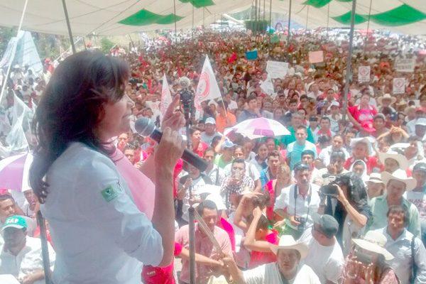 Llama Alcalá a resistencia civil y pide mesa de diálogo con RMV