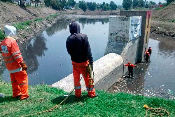 Realizan trabajos de limpieza en Puente Negro y río Alseseca