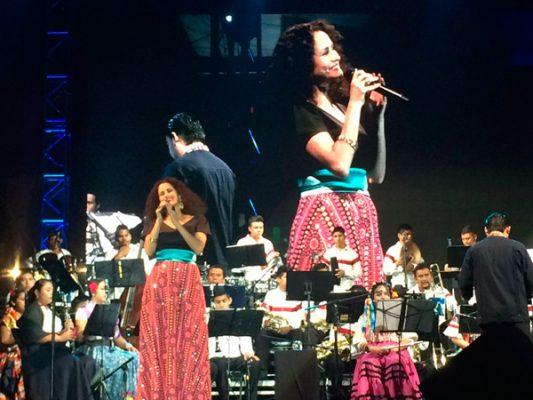 Susana Harp se presentó en Festival Internacional 5 de Mayo