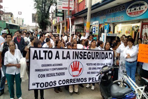 Exigen la destitución de mandos policíacos en Texmelucan