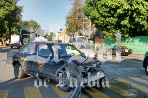 Un herido deja choque entre taxi y auto particular