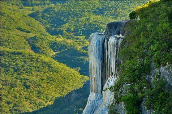 Hierve el Agua, tesoro natural de Oaxaca