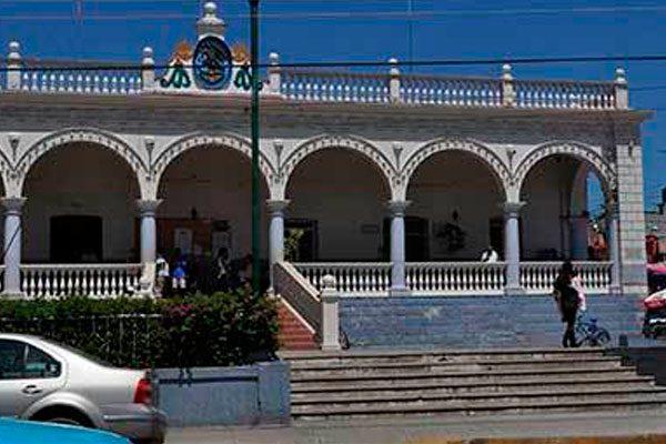 Destituyen a director de Comunicación Social de ayuntamiento en Acatlán