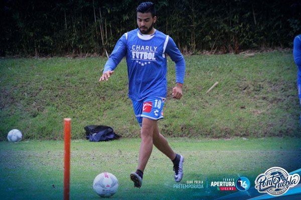 Alexis Canelo espera cumplir expectativas con el Club Puebla