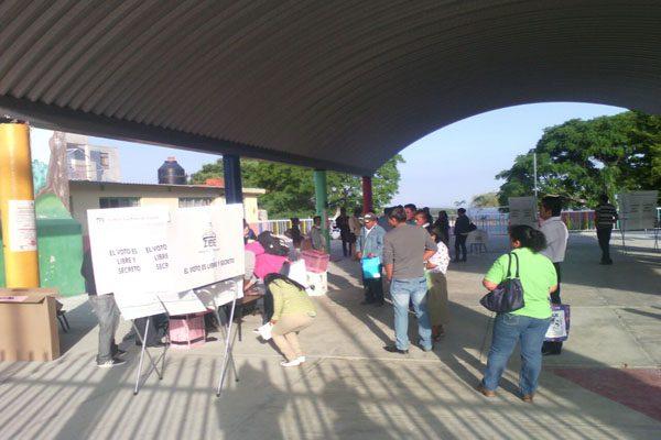 Sin contratiempo arrancan las votaciones en Tepexi