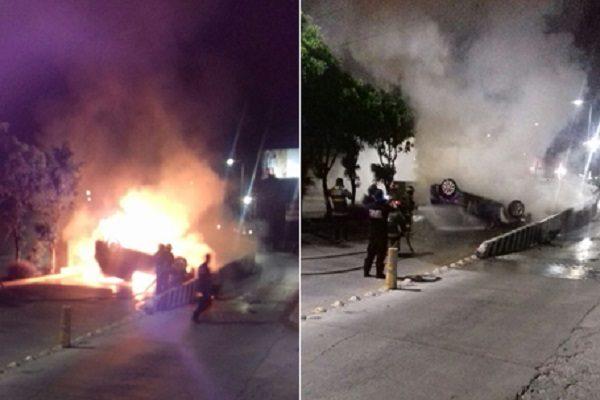 Vehículo se vuelca e incendia en Esteban de Antuñano y 31 poniente