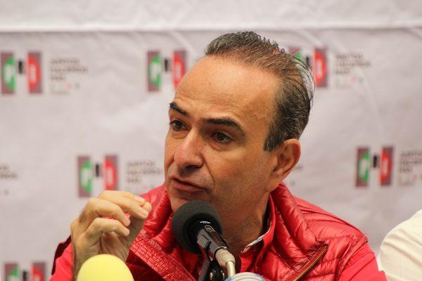 Afirma Chidiac que se queda al frente del PRI hasta 2018