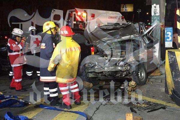 [Vídeo] Trágico accidente deja dos muertas en la 49 Poniente y 11 Sur