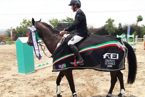 Poblano logra pase al Mundial de Equitación