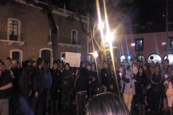 Manifestación en Atlixco a favor de maestros de Oaxaca