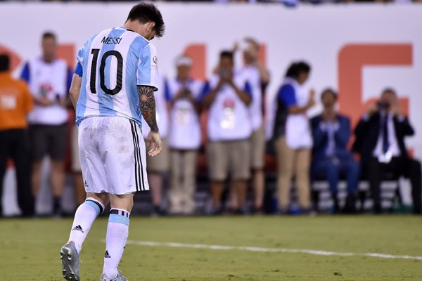Lionel Messi falló y lloró, no pudo hacer más en el encuentro