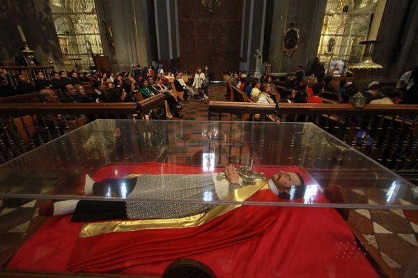 Celebran el 416 aniversario del natalicio de Juan de Palafox y Mendoza