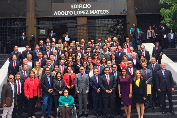Se reúne dirigencia del PRI en Puebla con Carolina Monroy