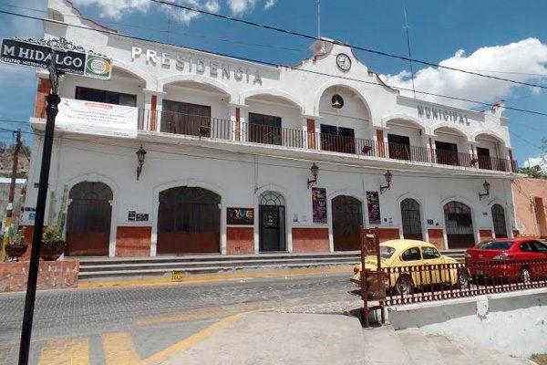 Amantes de lo ajeno se llevan 5 autos en 8 horas en Tecamachalco