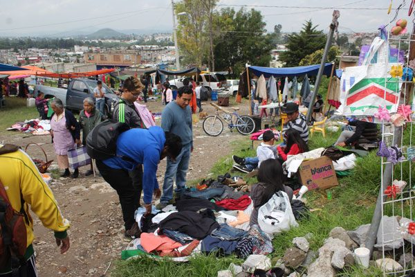 Sigue tianguis de Lomas de San Miguel en el limbo jurídico