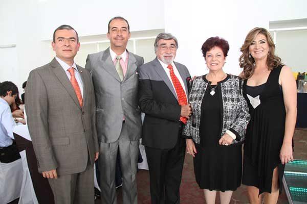 Antonio Oropeza celebra un año más de vida