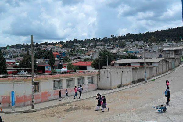 Reclaman espacios deportivos en junta auxiliar de Nopalucan