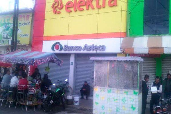 Asaltan tienda Elektra en San Martín Texmelucan