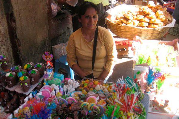 Elabora familia Bravo Escobar gallitos desde hace 50 años