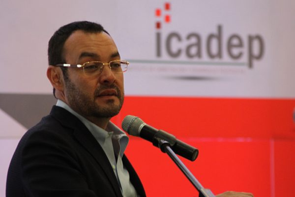 Veo un PRI estatal tibio y timorato: Guillermo Deloya Cobián