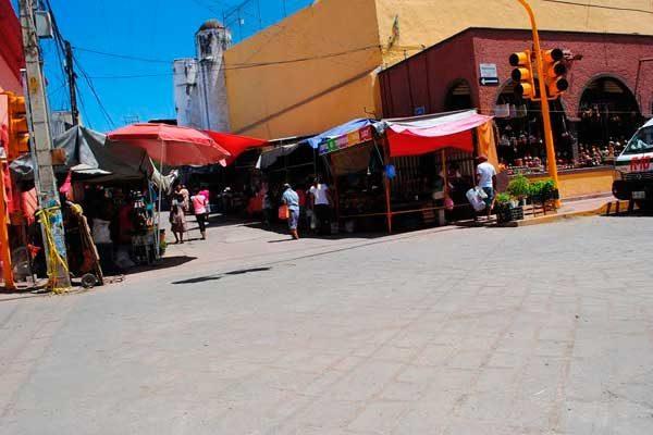 Notan presencia de vándalos en Acatlán de Osorio