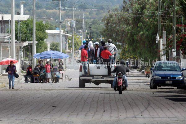 Habitantes de Ahuatepec crean policía comunitaria