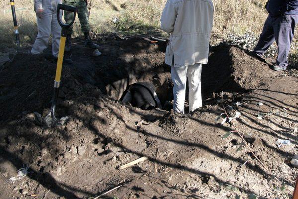 Toma clandestina provoca fuga de combustible en Nenetzintla