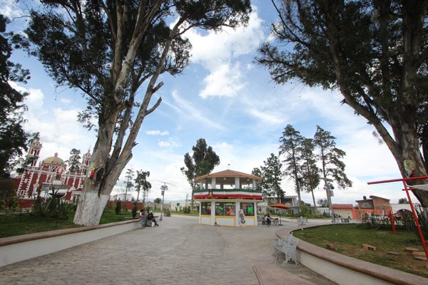 Se interesan cuatro empresas en construir clínica en San José Chiapa