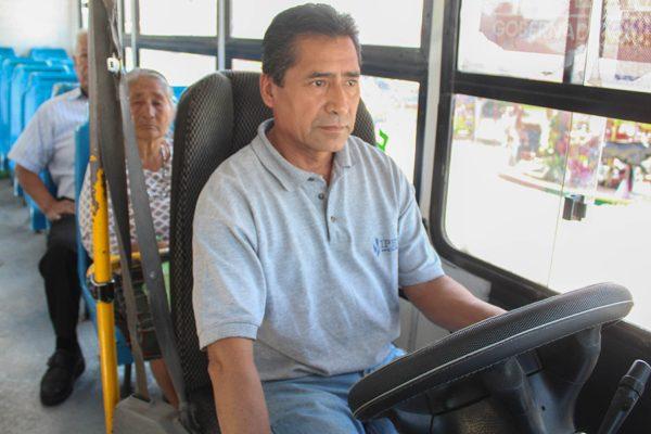 """""""Habemos buenos y honrados"""": choferes del transporte público"""
