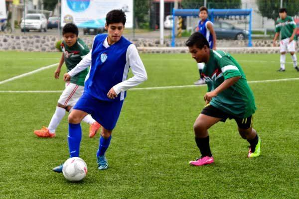 CONALEP le dio clases a los Pumas en el Torneo de los Barrios