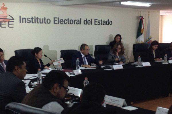 Consejeros del IEE impugnan acuerdo que los libra de la destitución