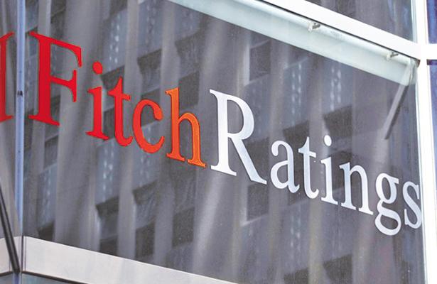 Carga fiscal obliga a Pemex a endeudarse: Fitch